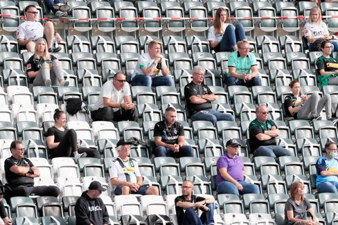 Wie viele Fans während der Bundesliga in die Stadien dürfen, ist bisher nicht einheitlich geklärt