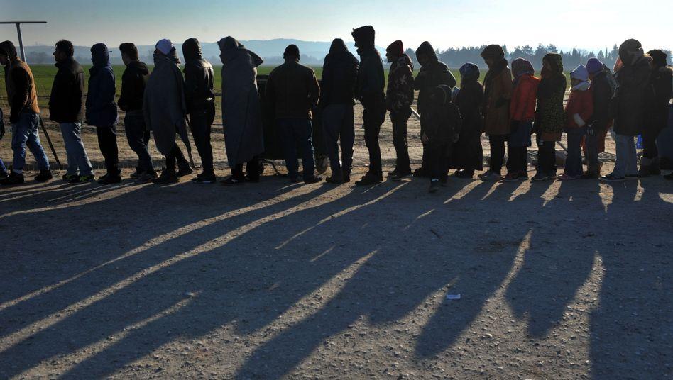 Flüchtlinge an der griechischen Grenze: Drohende Lohnentwertung?