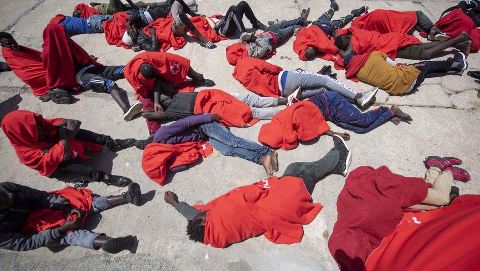 Flüchtlinge im Hafen von Algeciras