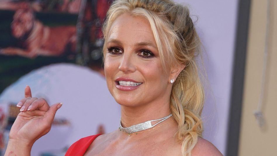 Britney Spears: Einem Gerichtsdokument zufolge soll ein vorübergehender Vormund für ihren Vater eingesetzt werden