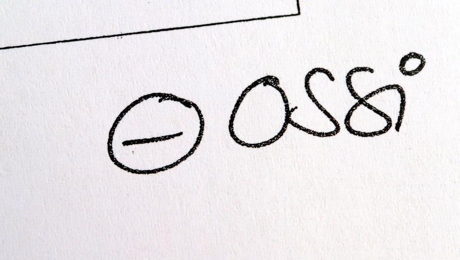 """Der umstrittene """"Ossi""""-Vermerk auf der Bewerbung: Diskriminierung ohne Benachteiligung?"""