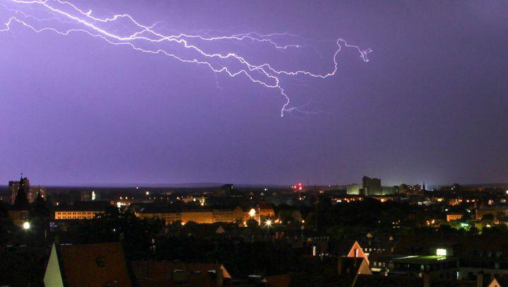 Gewitterstürme: Unwetter verursachten Millionenschäden