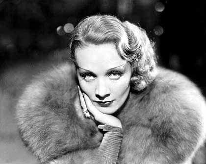Besang ihren Koffer in Berlin, hatte ihn aber nicht zu stehen: Marlene Dietrich (1932)