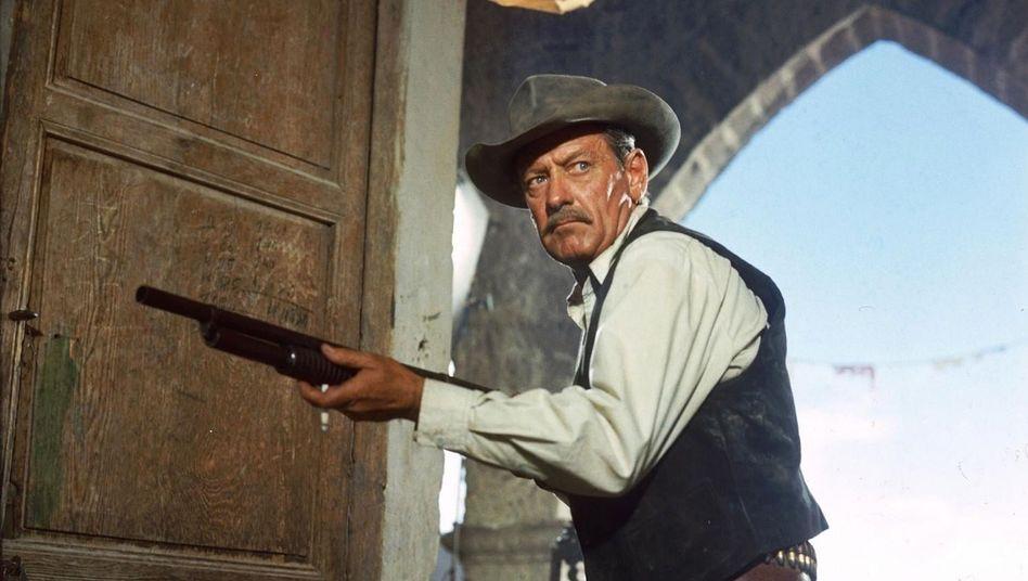 """William Holden in Sam Peckinpahs """"The Wild Bunch"""" (1969)"""