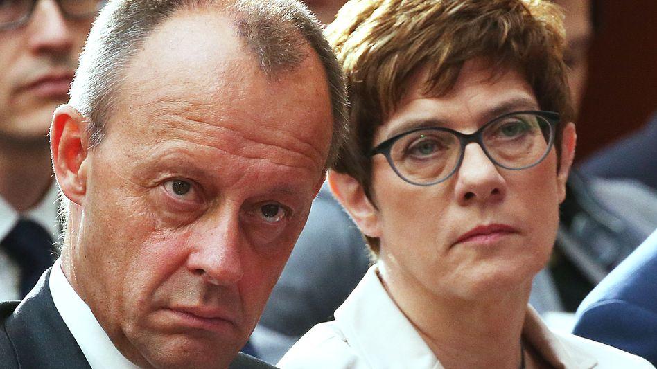 CDU-Politiker Merz, Kramp-Karrenbauer: Kommt es zu einem neuerlichen Duell?