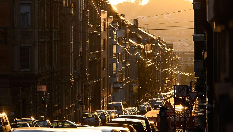 Mietshäuser in Stuttgart: Kein Anspruch auf niedrige Miete trotz Abschlagzahlung
