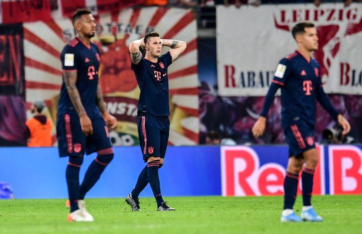 Niklas Süle (Mitte) hätte in den Schlusssekunden den Bayern-Sieg perfekt machen können