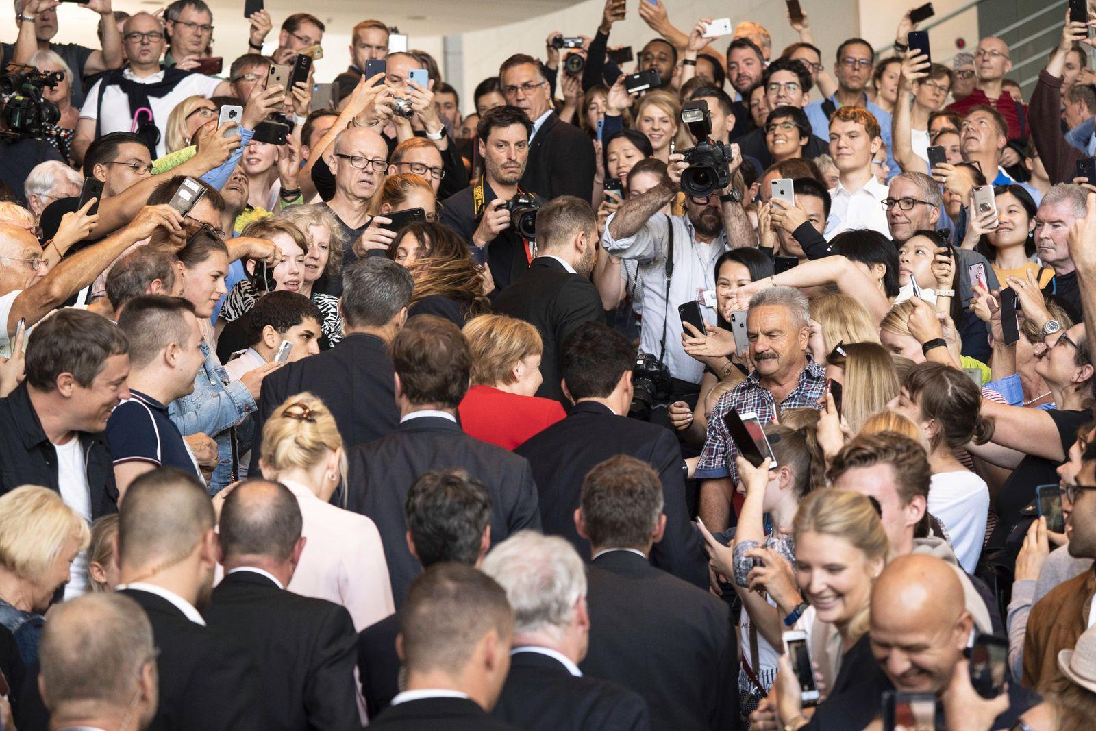 Bundeskanzlerin Angela Merkel beim Tag der offenen Tür der Bundesregierung 2019