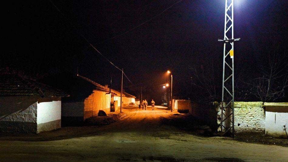 Grenzpatrouille im türkischen Dorf Doyran