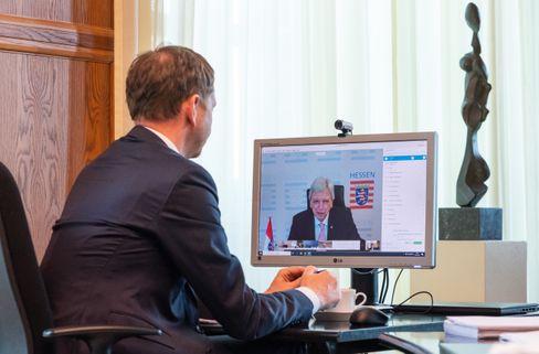 Sachsens Ministerpräsident Michael Kretschmer, Hessens Ministerpräsident Volker Bouffier