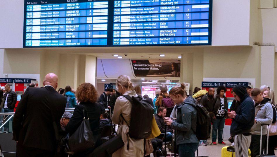 Bahnhof in Hannover: Zahlreiche Strecken sind derzeit beeinträchtigt