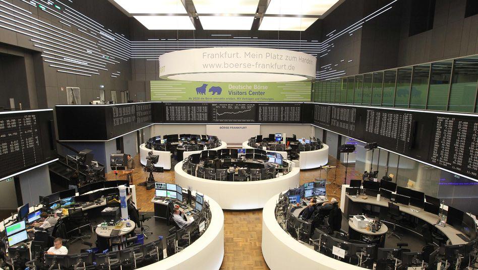 Deutsche Börse in Frankfurt am Main: Hilfspakete stützen Aktienkurse
