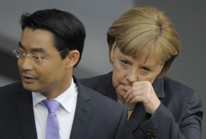 Angela Merkel und Philipp Rösler (FDP): Zwei auf der Suche nach Harmonie