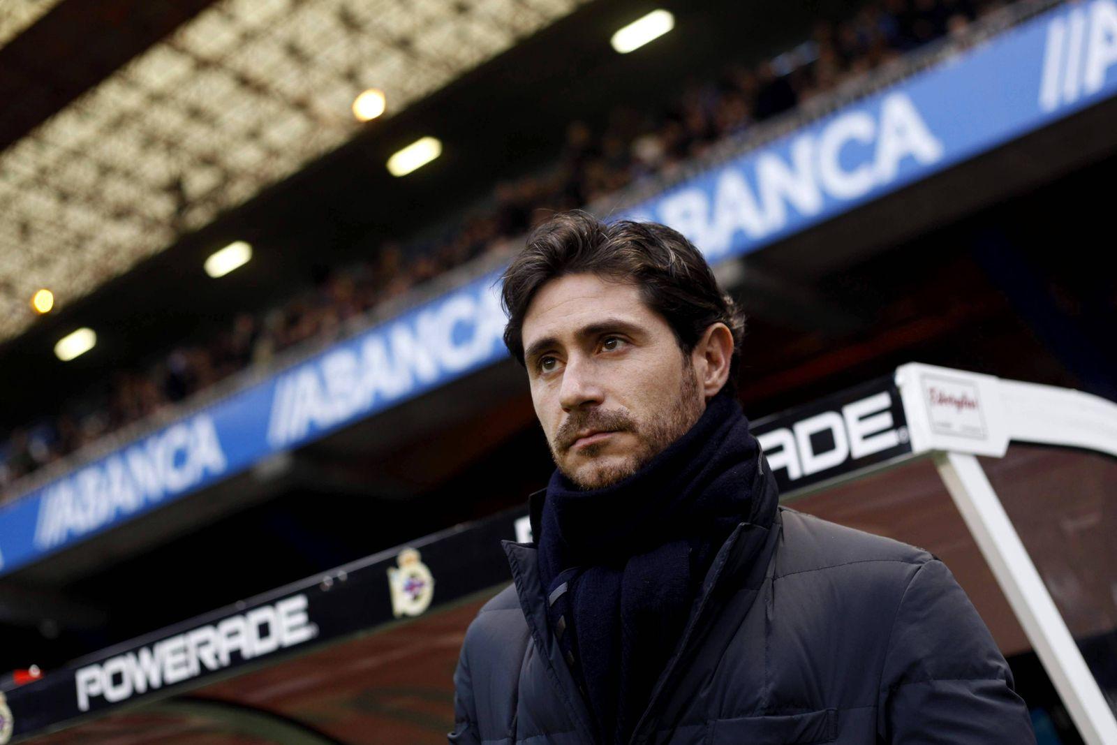 Deportivo La Coruna s head coach Victor Sanchez del Amo reacts before the Spanish Liga Primera Divis