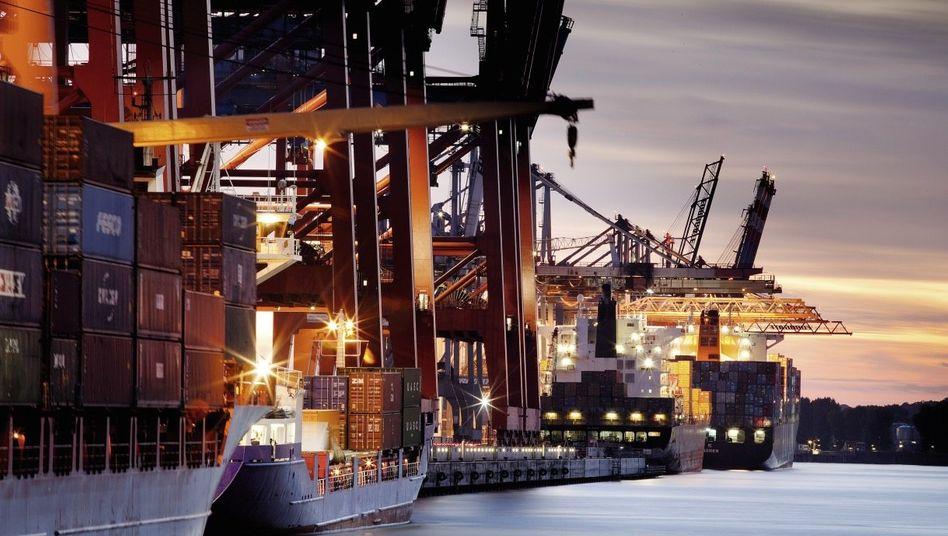 Containerschiffe im Hamburger Hafen »Da ist nicht viel zu erwarten«