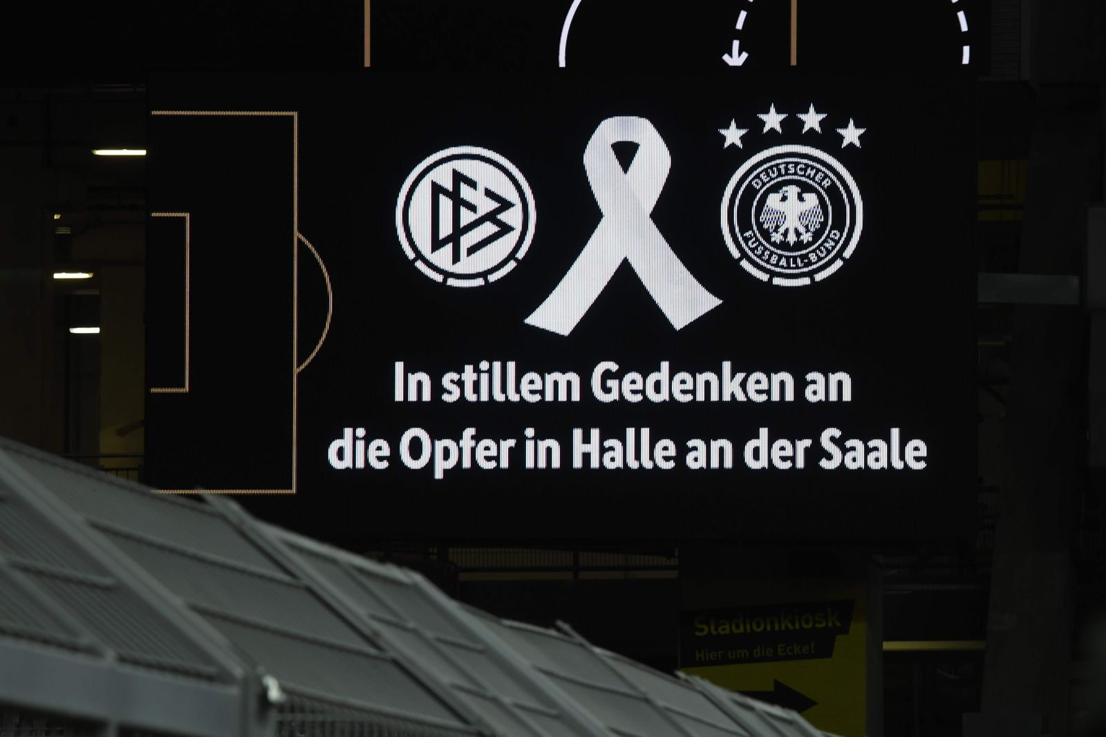DFB Länderspiel Dortmund Schweigeminute