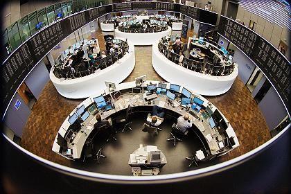Frankfurter Börse: Jeder weiß um die großen Probleme, bleibt aber ganz dem Hier und Jetzt verhaftet