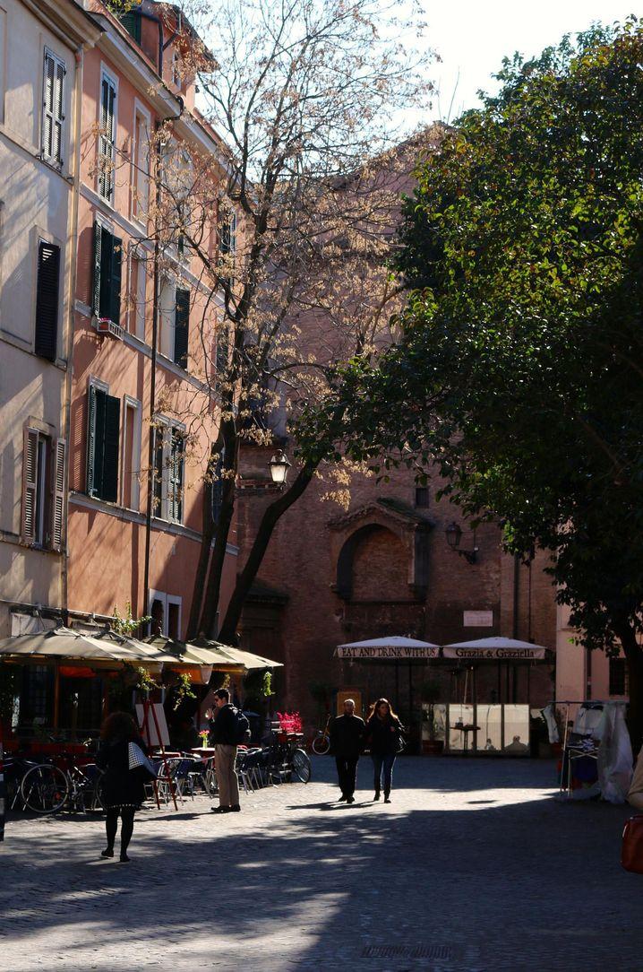 Piazza Sant'Egidio in Trastevere