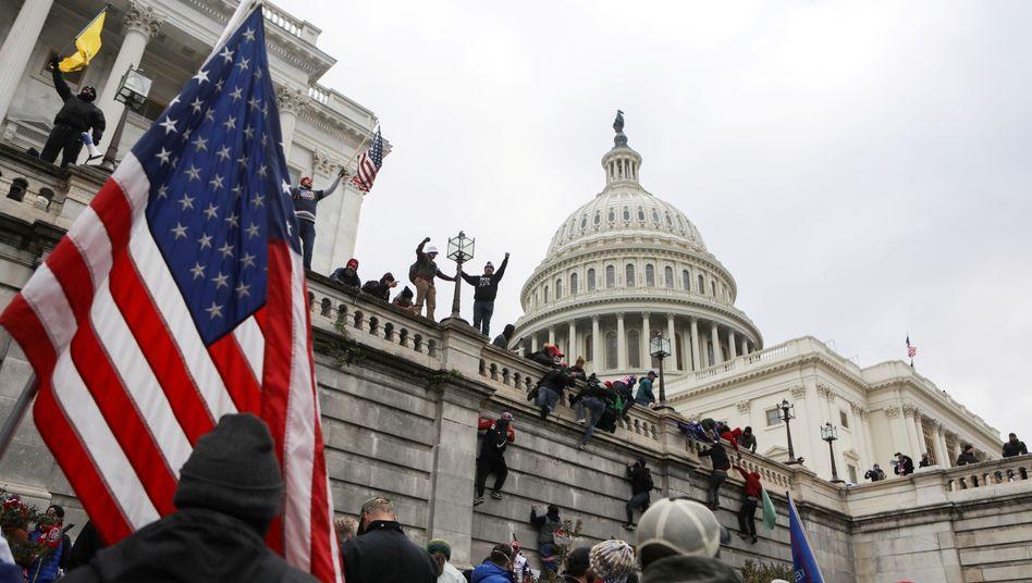 Trump-Anhänger im Kapitol: »Rechtsradikaler, hoch bewaffneter Rand der US-Gesellschaft«