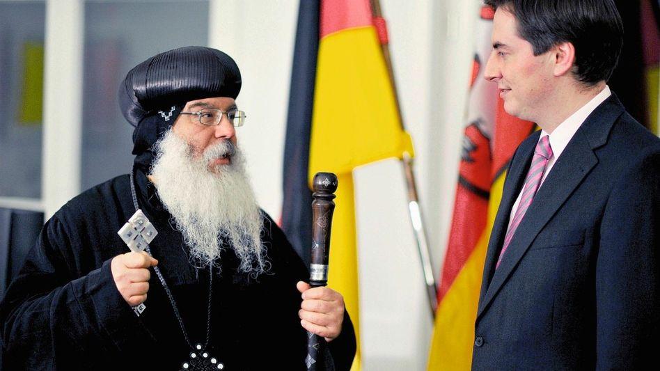 Bischof Damian, Ministerpräsident McAllister: Zeichen der Solidarität
