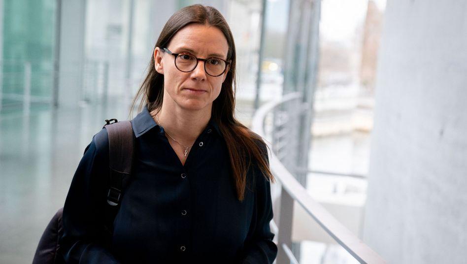 """Ex-Staatssekretärin Suder: """"Hilfe von außen war essenziell"""""""
