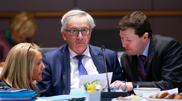 Juncker (Mitte), Selmayr