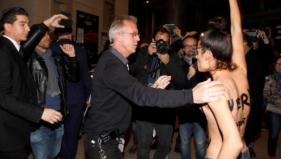 Femen-Protest bei einer Werkschau von Roman Polanski in der Cinemathèque Française in Paris