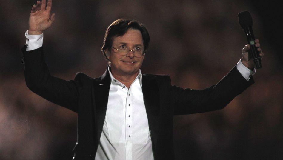 Michael J. Fox (bei der Olympia-Abschlussfeier in Vancouver): Auszeichnung aus Schweden