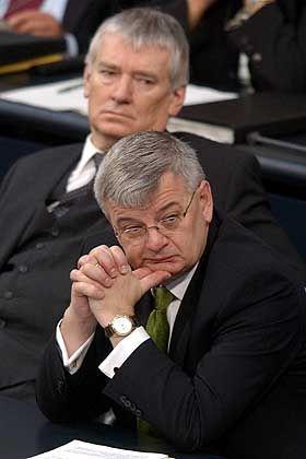 Schily und Fischer: Zwist im Kabinett