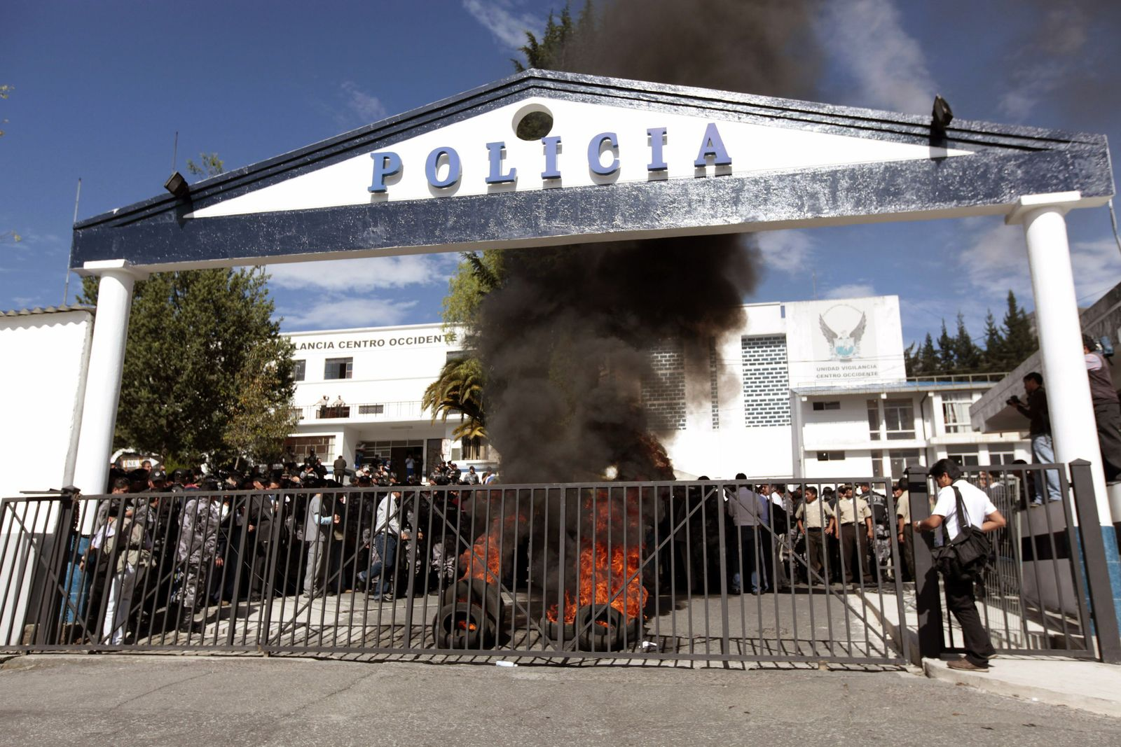 Polizei- und Militärmeuterei in Ecuador
