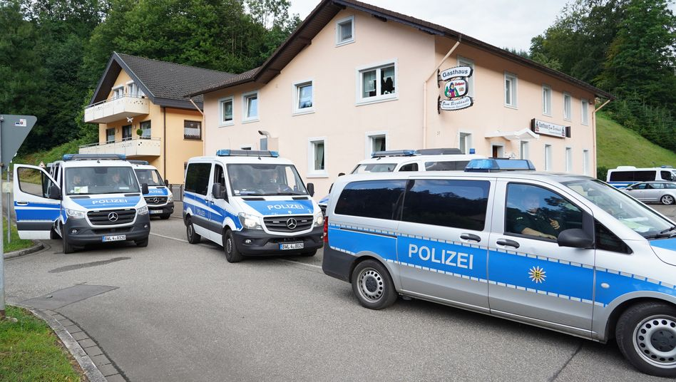 Einsatzkräfte in Oppenau (Foto vom 17. Juni): Yves R. wurde nach mehrtägiger Flucht gefasst.