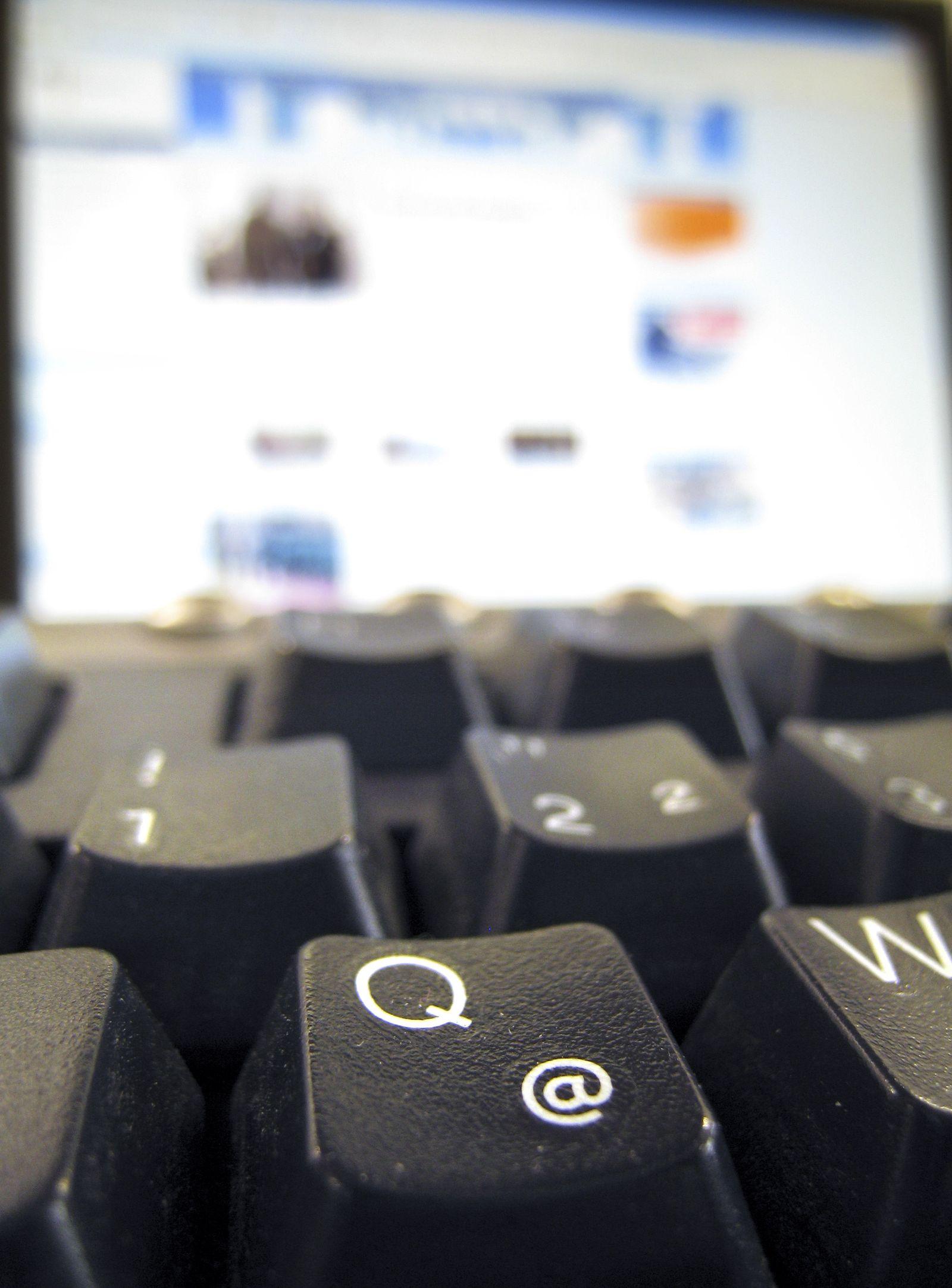 DEU TERROR COMPUTER VERFASSUNGSGERICHT
