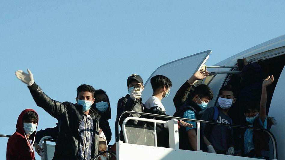 Junge Flüchtlinge in Athen auf dem Weg nach Deutschland (Archivfoto aus dem April)