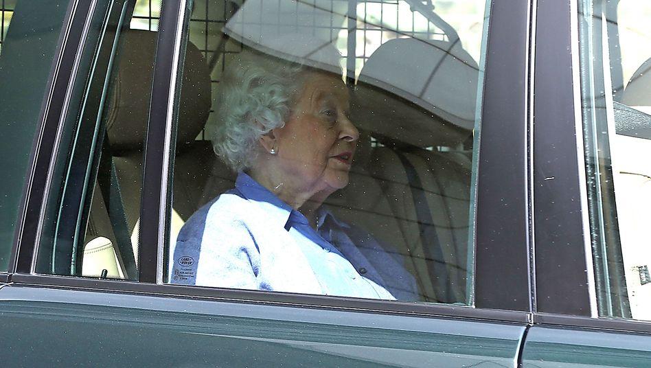 Queen Elizabeth II.: Visite bei ihrer Urenkelin Prinzessin Charlotte