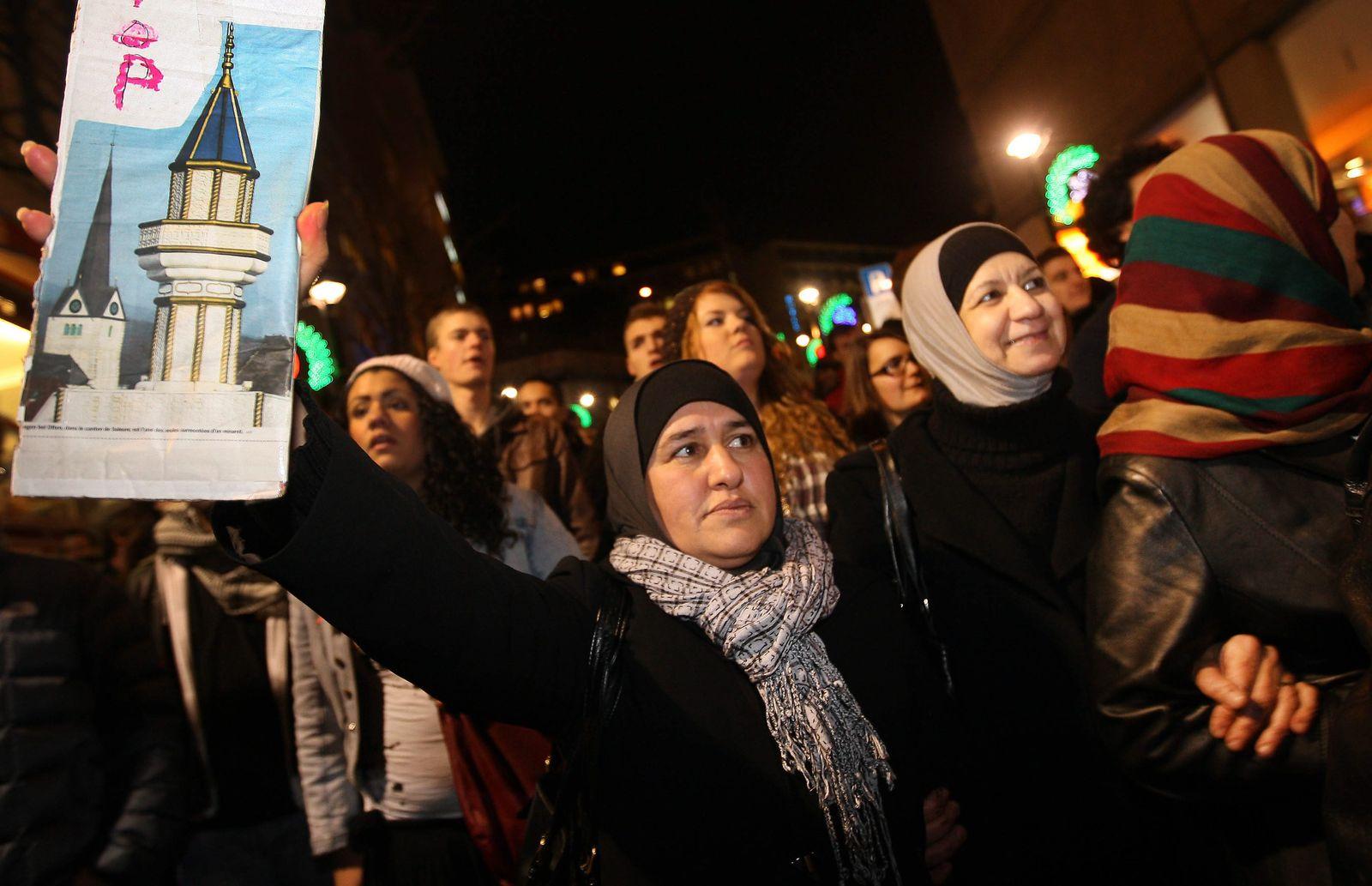 Protest gegen Minarettverbot in der Schweiz
