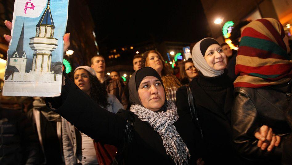 """Muslime protestieren gegen Minarett-Verbot: """"Fehlerhafte Entscheidung"""""""