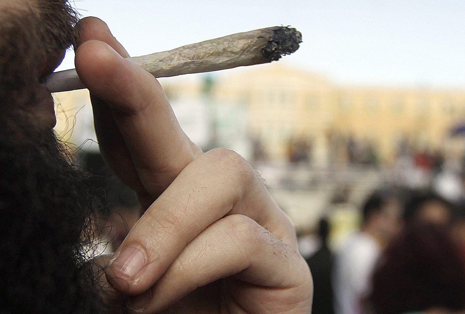 Cannabis Festival in Athens demands legalization of marijuana