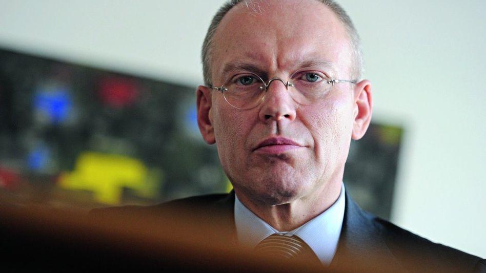 Jurist Götzl: Grandios nachgefragt, unbeholfen angesichts von Emotionen