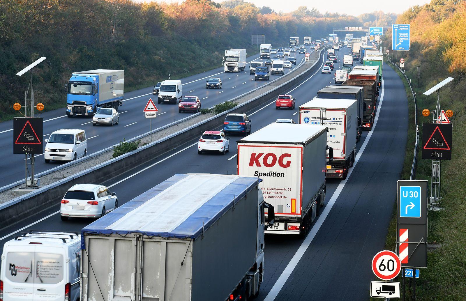 Autobahn A2 LKW