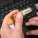 USA klagen chinesische Hacker wegen Angriffen auf Corona-Impfstoff-Enwickler an