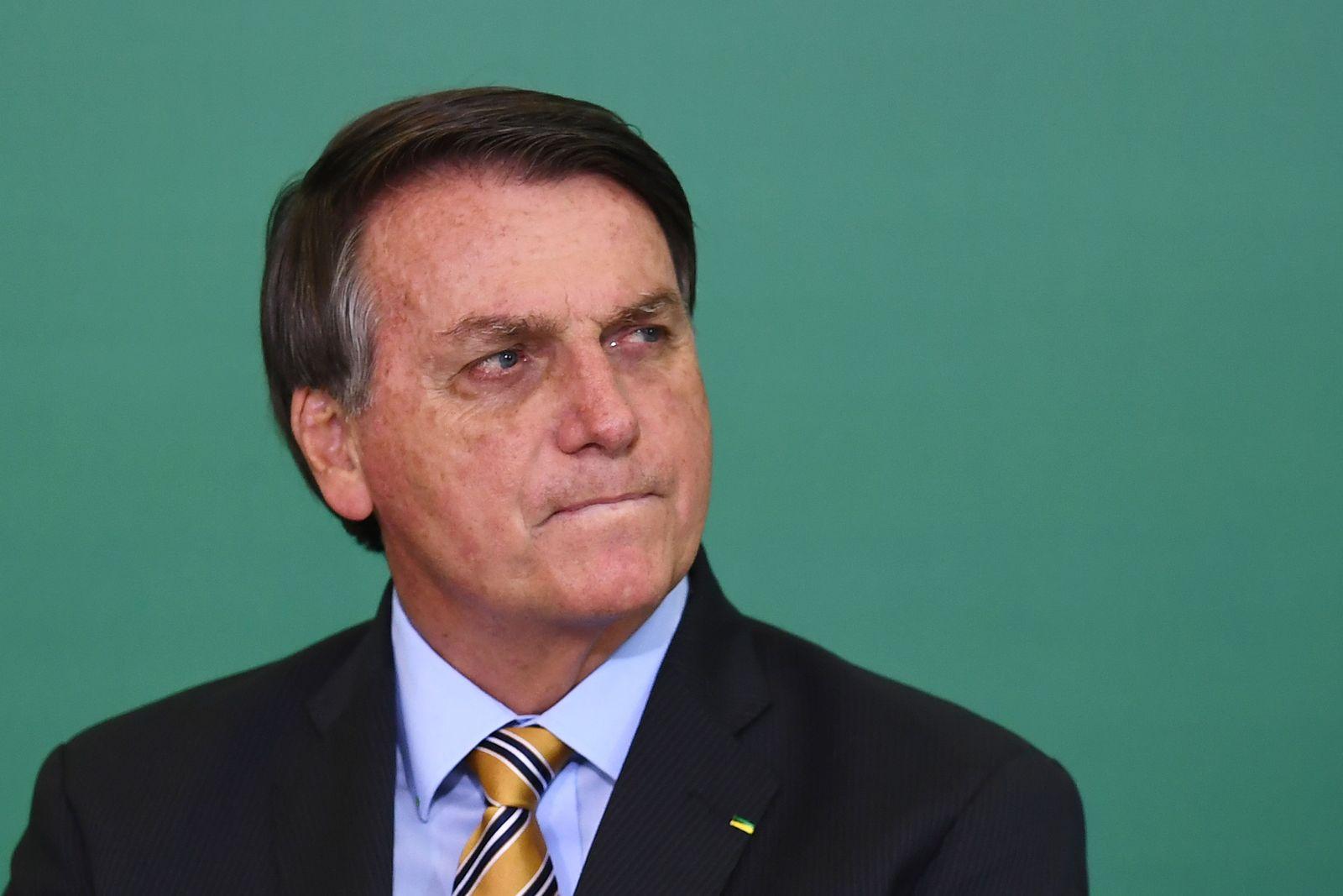 BRAZIL-POLITICS-BOLSONARO-TOURISM