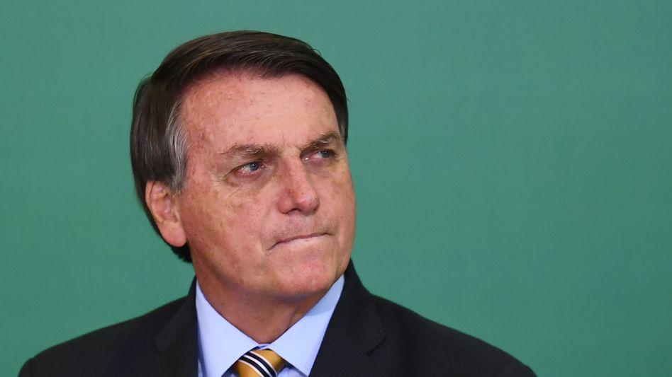 Jair Bolsonaro: Mindestens 24 Stunden soll der brasilianische Präsident in einer Klinik beobachtet werden