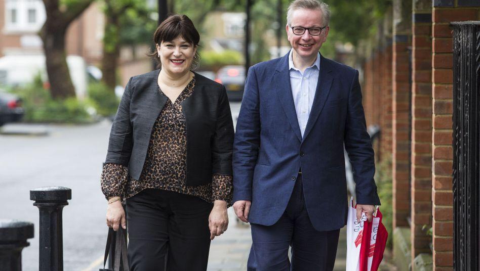 Tory-Parteichefkandidat Michael Gove und Ehefrau Sarah Vine