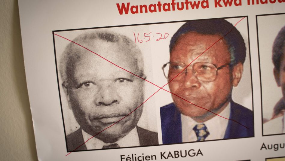 Kabuga auf einem Fahndungsfoto (Archivaufnahme)