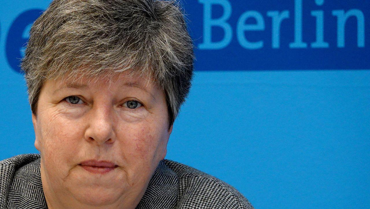 Berlin: Staatsanwaltschaft ermittelt gegen Ex-Bausenatorin Lompscher - DER SPIEGEL - Politik