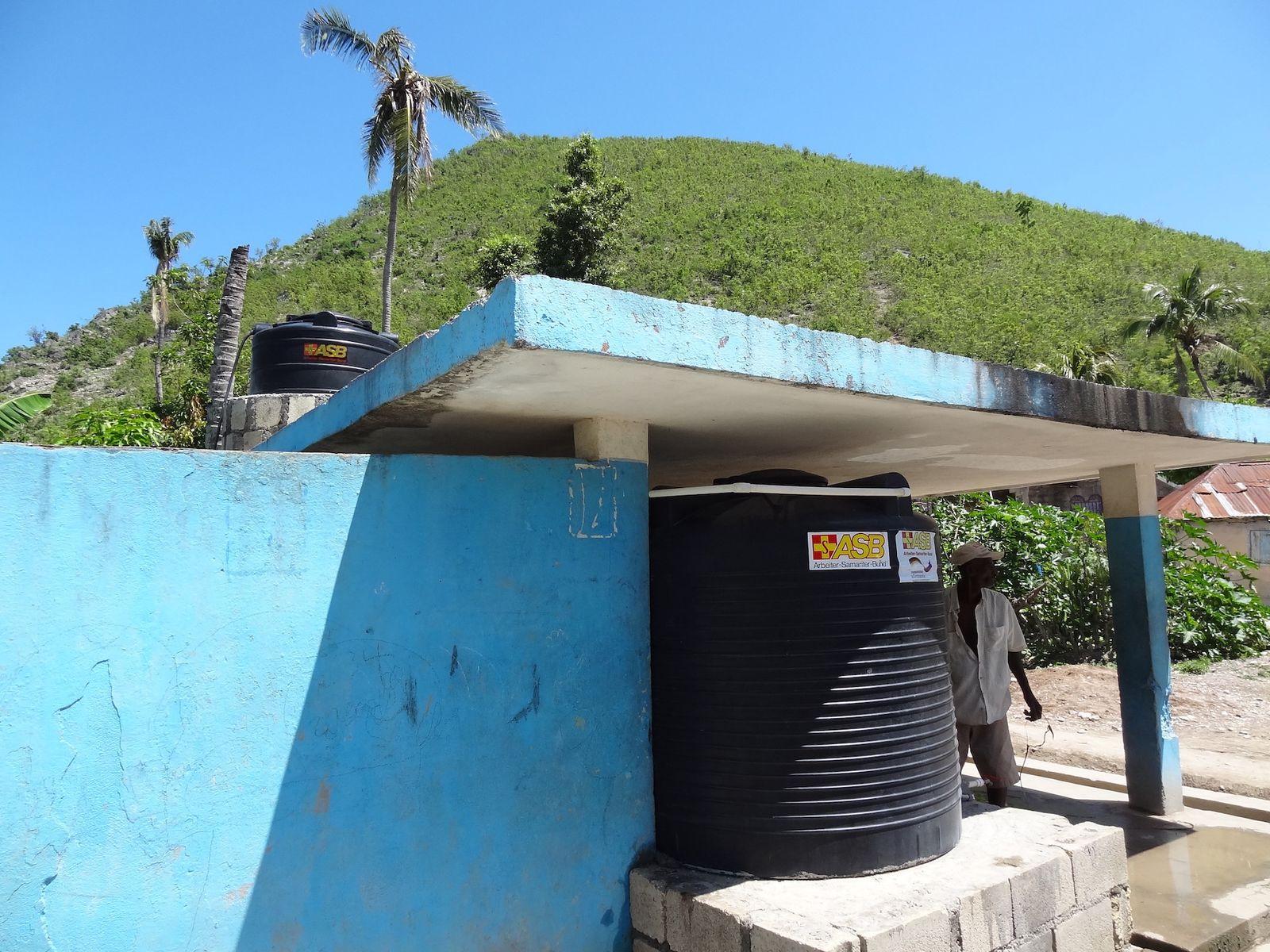 EINMALIGE VERWENDUNG Notfallmedizin/ Haiti
