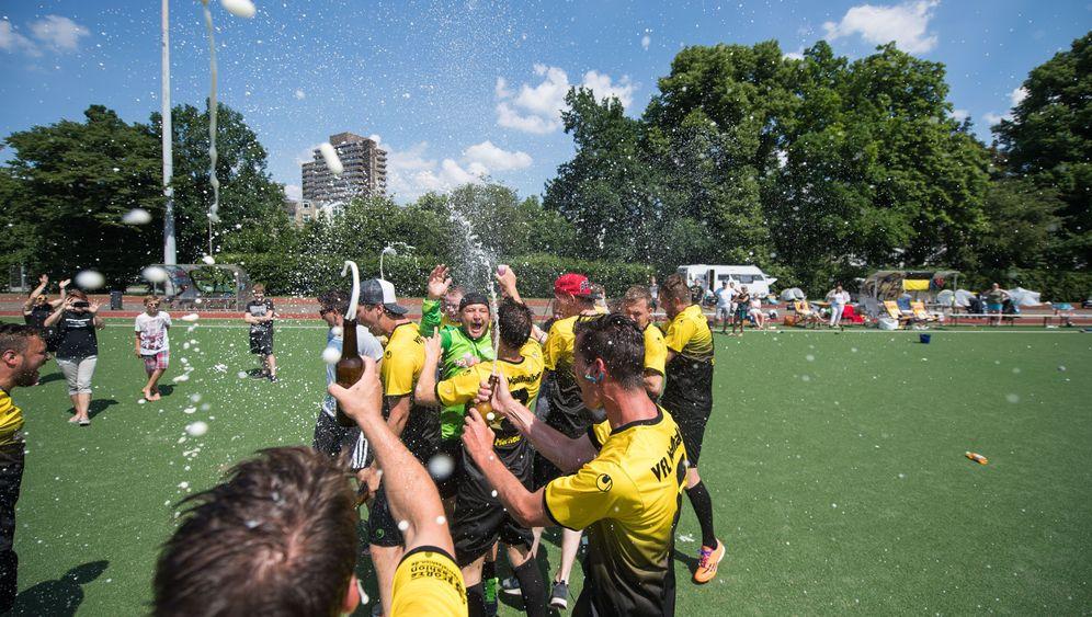 Amateur-Fußball: Sommer, Sonne, Weltrekord