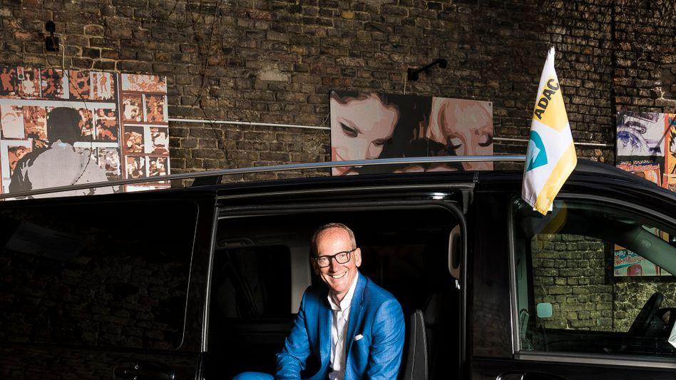 """Ex-Opel-Chef Neumann in einem Shuttle in Berlin: """"Die Revolution beginnt in den Städten"""""""