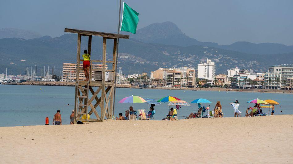 Leerer Strand an der Playa de Palma: So gesittet ging es bei einer Party am Ballermann wohl nicht zu
