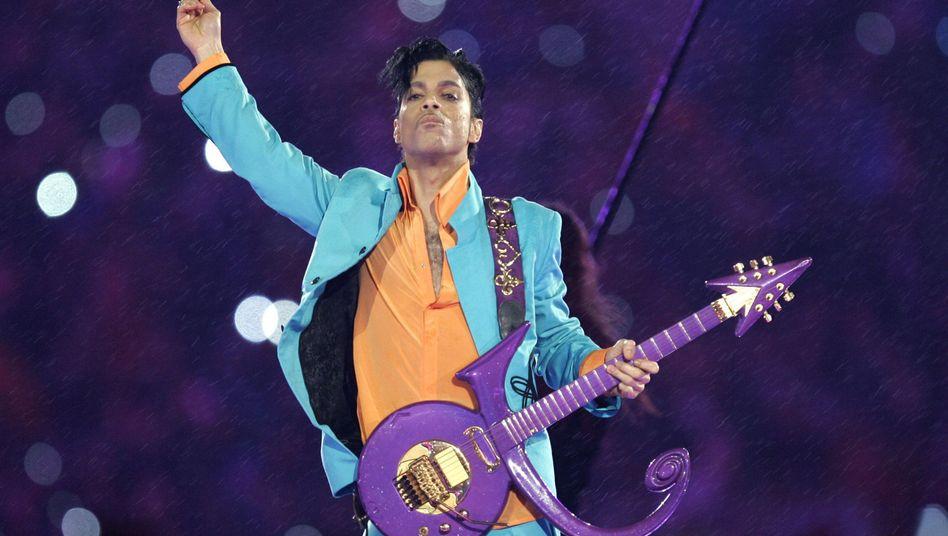 Prince (beim Super Bowl, 2007)